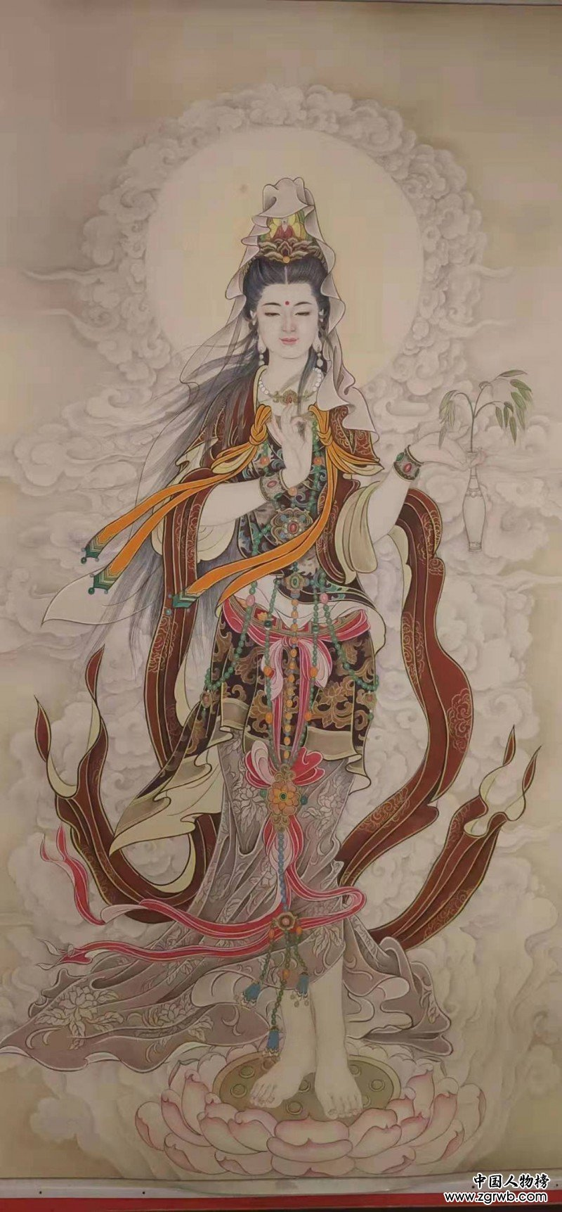 卢艳存——中宣盛世国际书画院院聘画家、著名书画家