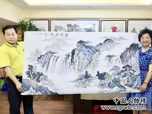 韩三平:妙笔丹青绘 花鸟芬芳情